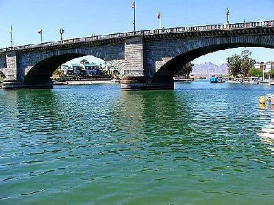 Photo Bridge 2 Building