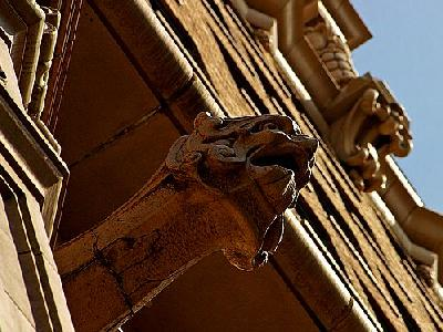 Photo Gargoyle Building