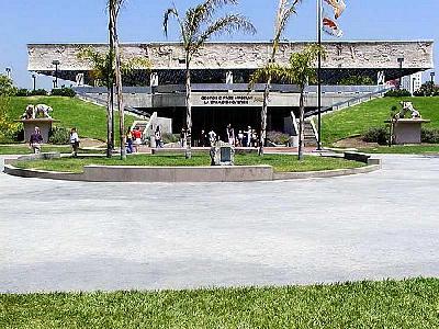 Photo Museum Building