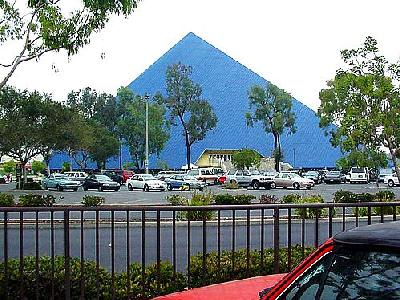Photo Pyramid In Long Beach Building