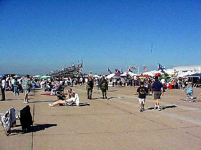 Photo Miramar Airshow 3 People