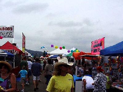 Photo Street Fair People