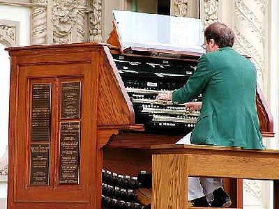 Photo Organ Travel