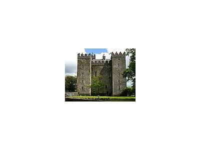 Photo Small Bunratty Castle Building