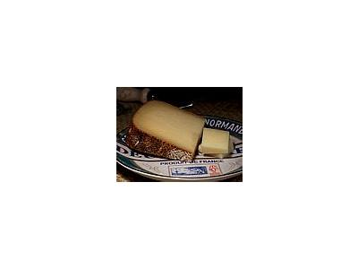 Photo Small Abbaye De Belloc Cheese Food