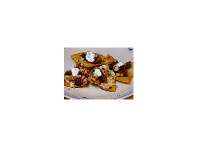 Photo Small Chicken And Black Bean Nachos Food