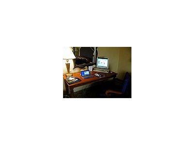 Photo Small Desk Interior