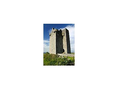 Photo Small Gleninagh Castle Travel