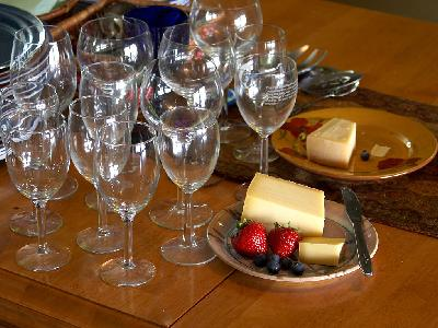 Photo Big Wine Glasses And Cheese Interior